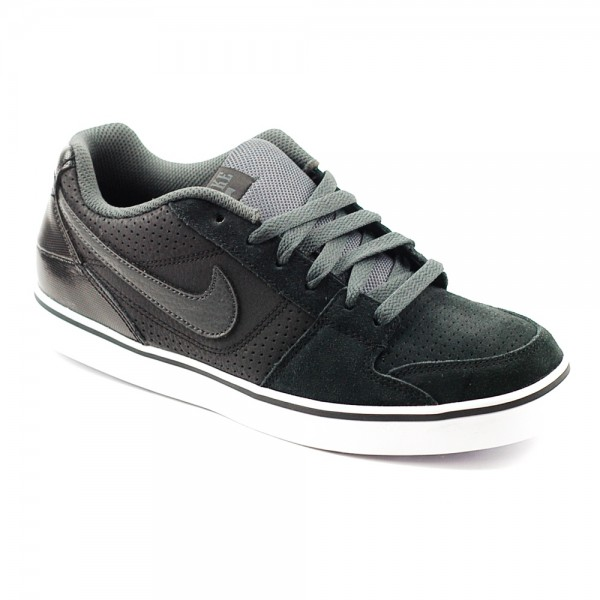 nike-ruckus-low-black-anthracite-white-kids