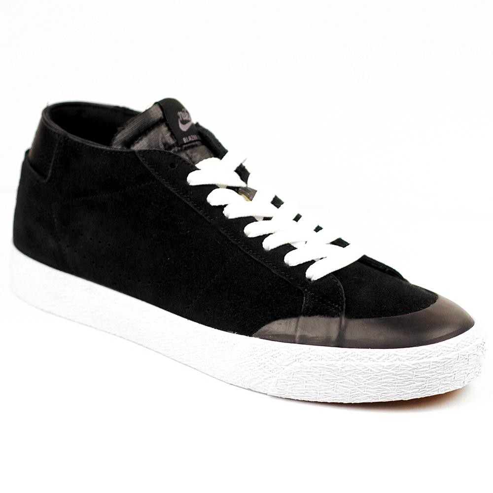competitive price 34cd5 a64d6 Nike SB Blazer Chukka Mid Black-White