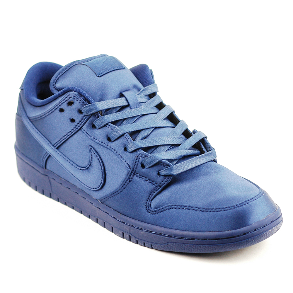 brand new f9f3c 1aeaf Nike SB Dunk Low TRD NBA